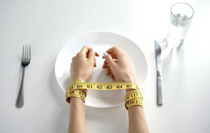yeme bozukluğu, yeme bozukluğu nedenleri, yeme bozukluğu neden olur